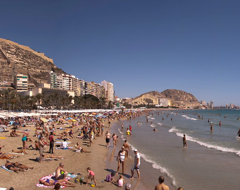 USAC Study Abroad in Alicante, Spain - YouTube