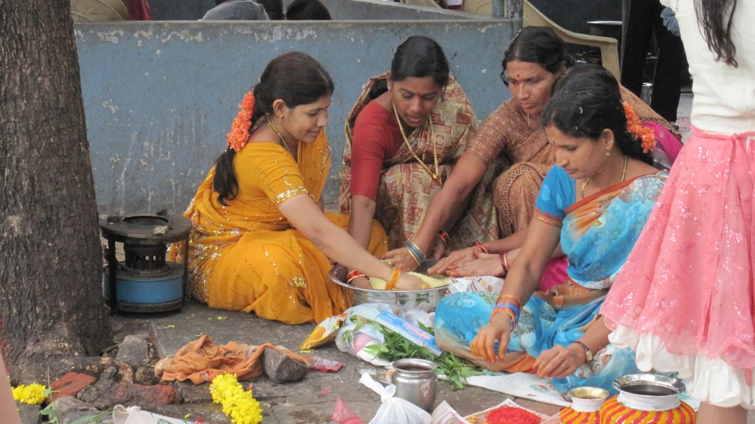 Local festival of Hyderabad - Bonalu | College Study Abroad
